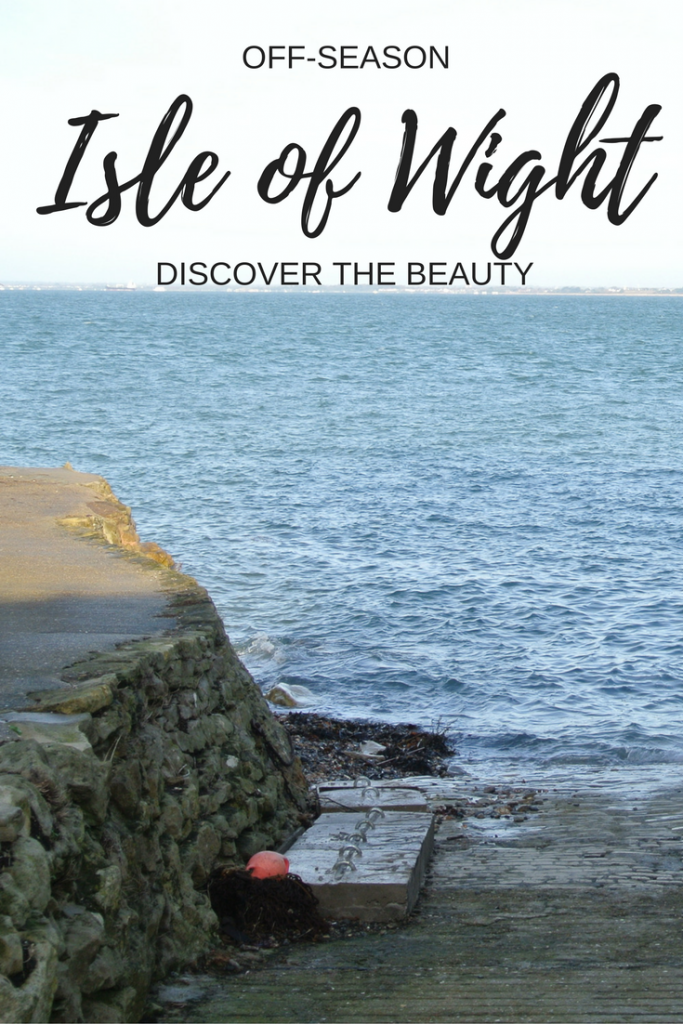 Discover the beauty of the UK's Isle of Wight in the off-season. Here is a list of the can't-miss attractions in order to make the most of your visit. Isle of Wight Weekend Trip | Isle of Wight, UK | Isle of Wight Itinerary
