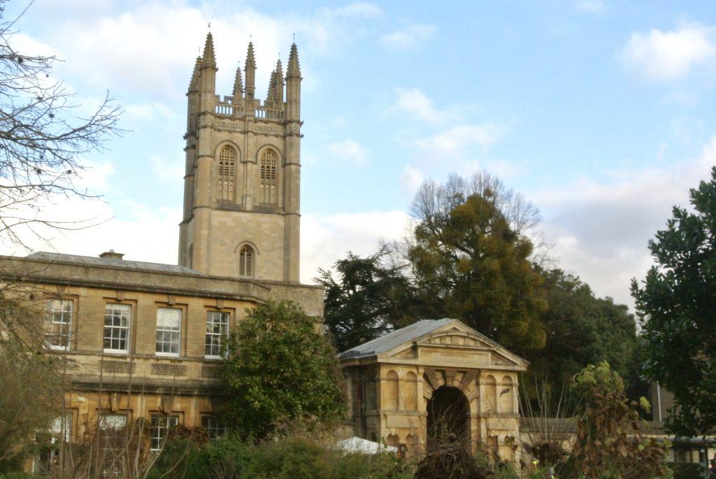 Botanical Gardens, Oxford - Finding the Romance in Oxford & Cambridge, England Romantic Destinations