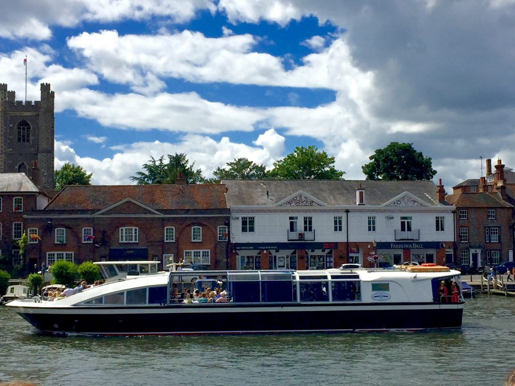 Henley Regatta Tickets >> A Day at the Henley Royal Regatta