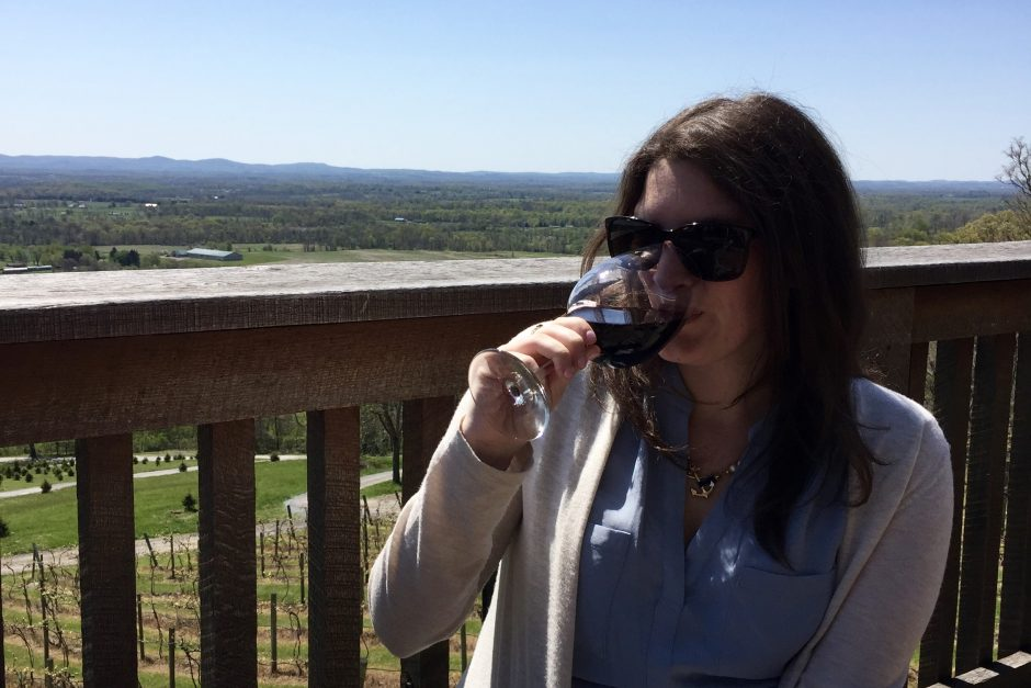 15 wine Instagram accounts that everyone needs to follow.