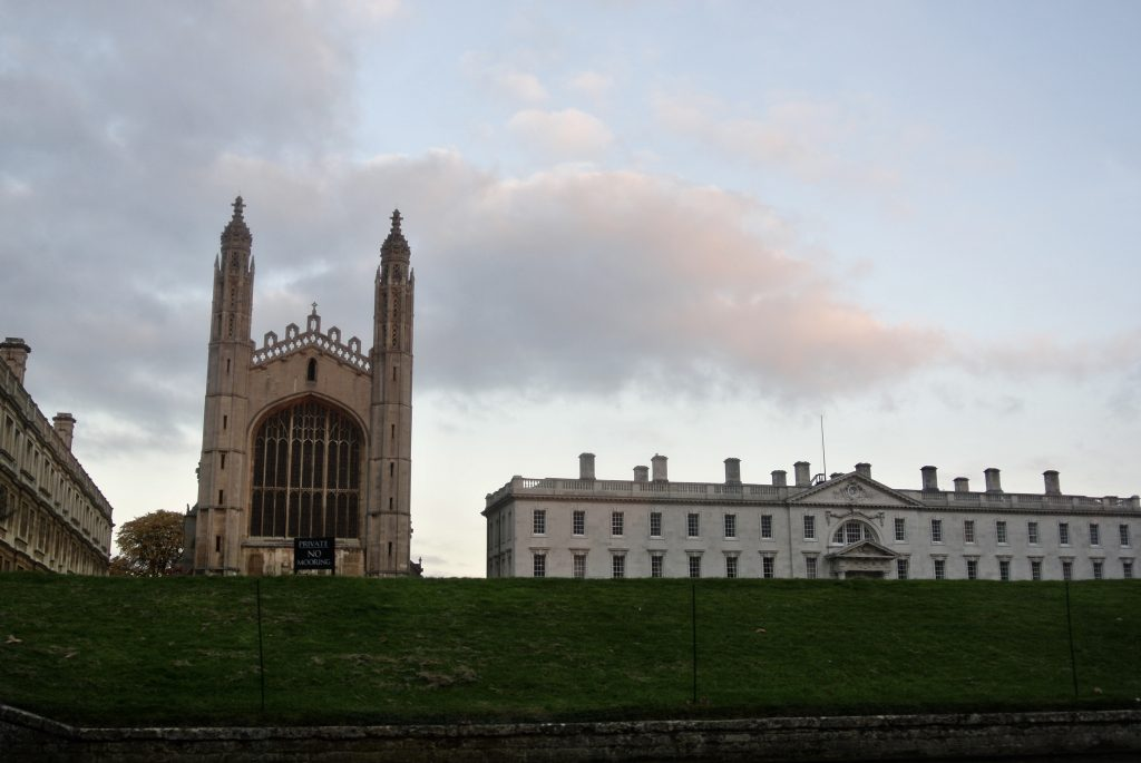 Cambridge University at Sunset - Romantic things to do in Oxford and Cambridge