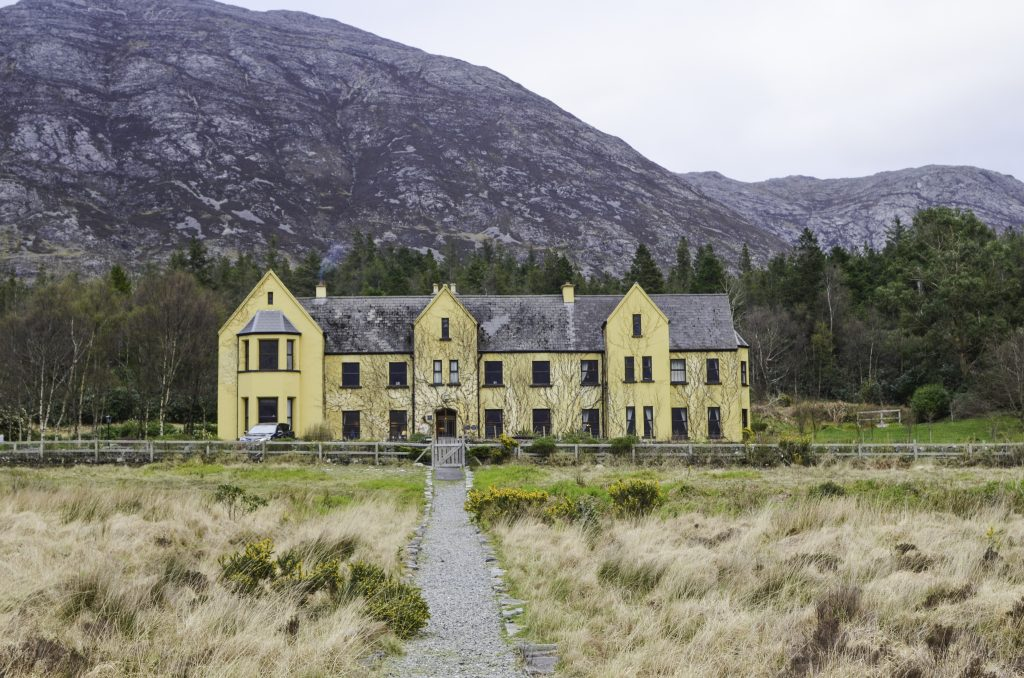 Romantic Hotels in Ireland - Lough Inagh Lodge - Most Romantic Hotels in the UK & Ireland - Where to Stay in Ireland