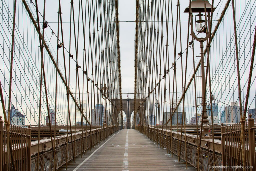 Most Romantic Experiences in the US - Walking the Brooklyn Bridge