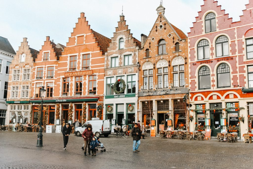 Bruges Markt Square - How to spend a weekend in Bruges